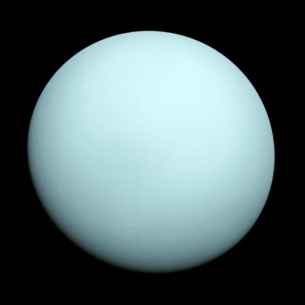 pia18182-uranus-voyager1
