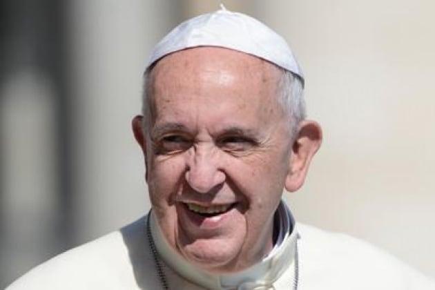 Sanità: Papa Francesco aveva promesso alla mamma di diventare medico