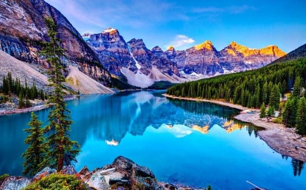 lake-louise-canada-landscape-wallpaper