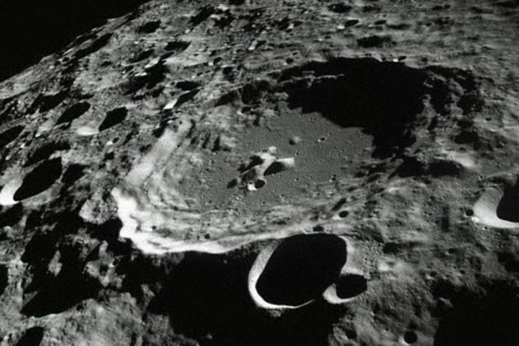 C'è acqua sulla Luna, portata da asteroidi
