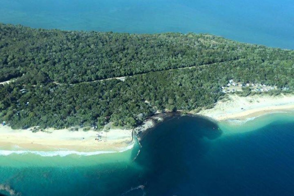 Australia, sinkhole inghiotte un campeggio