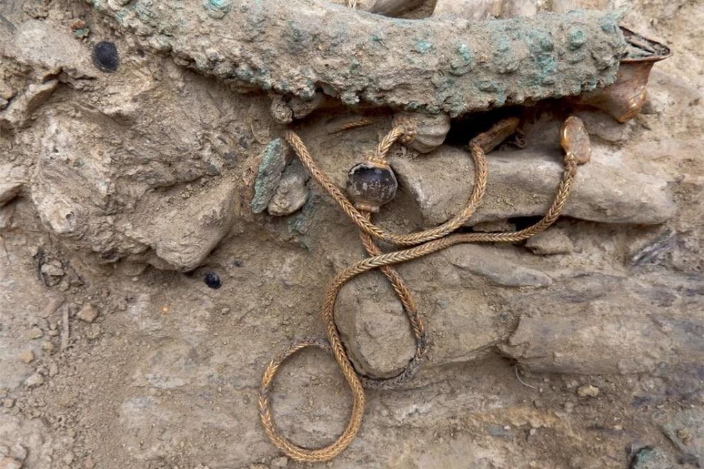 Un tesoro senza prezzo nella tomba di un antico guerriero