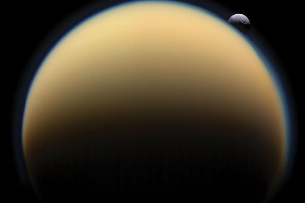 Molte lune di Saturno sono assai giovani