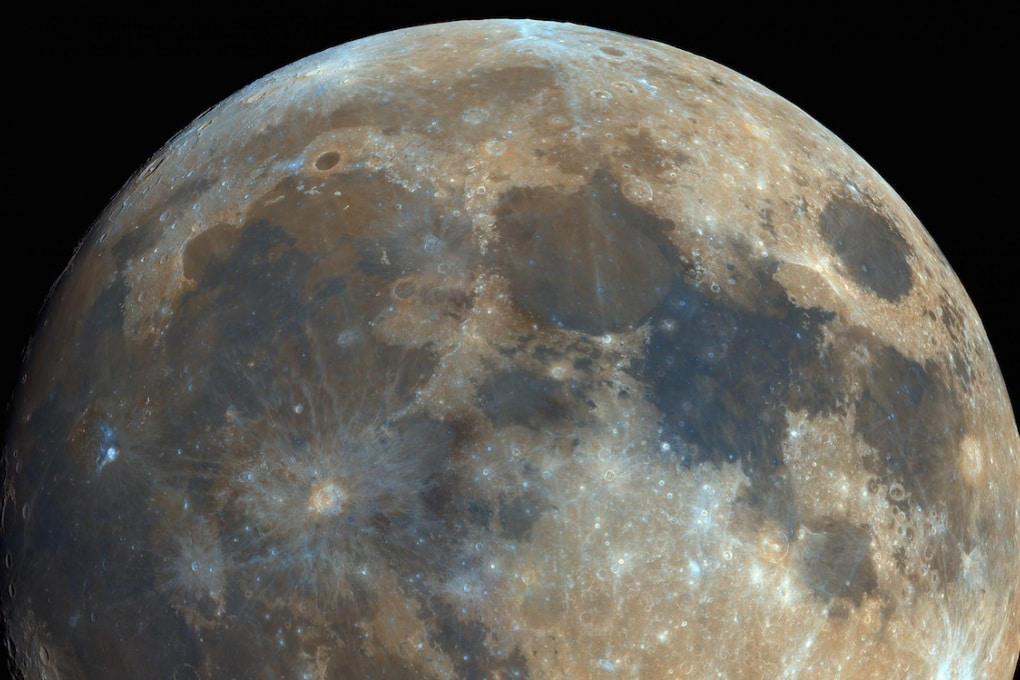 La spettacolare foto della Luna a 14 Megapixel