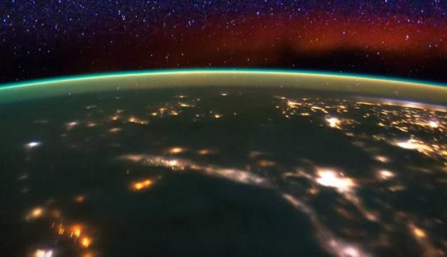 Aurora boreale? No, luminescenza atmosferica
