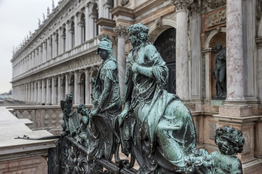 11 record italiani che stupiscono gli stranieri (nel bene e nel male)