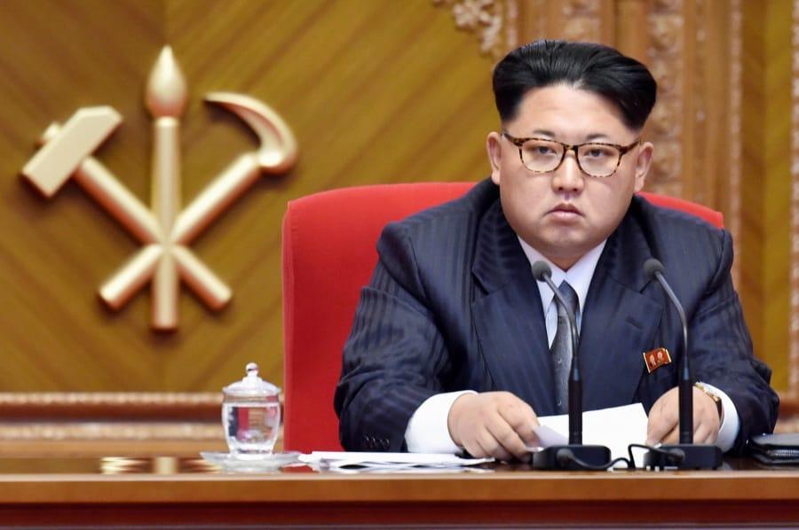 Risultati immagini per foto del dittatore della coreadelnord