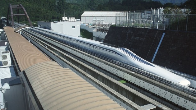 Nuovo record del treno più veloce del mondo