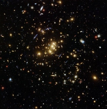 Lenti gravitazionali e materia oscura