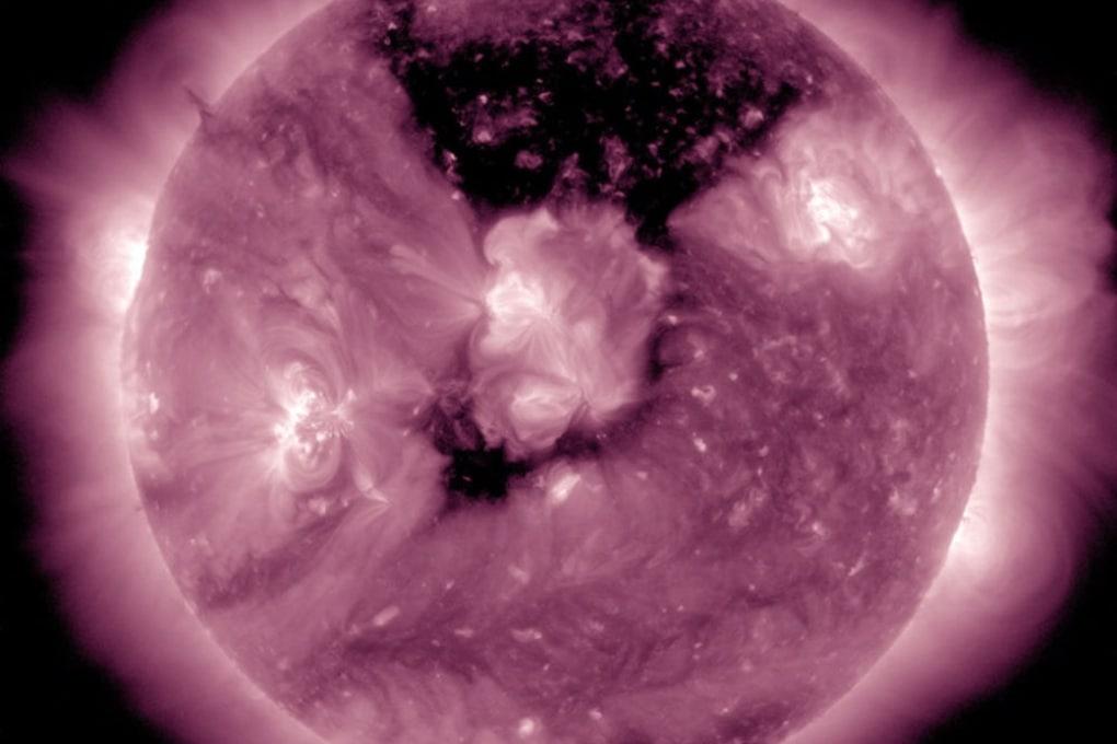 Il buco coronale sul Sole