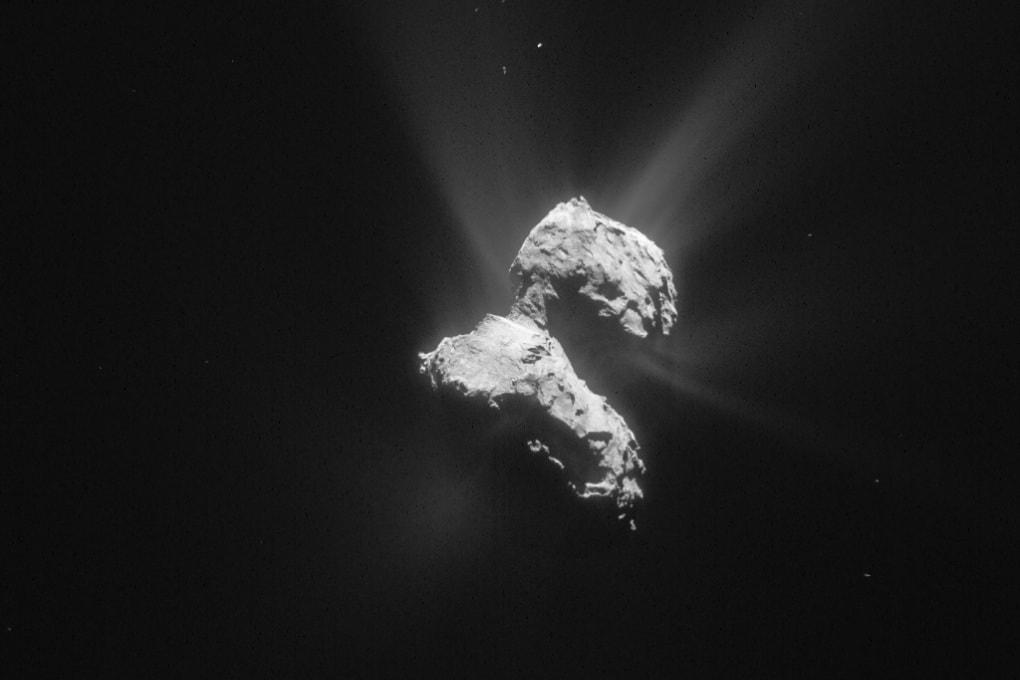 Rosetta scopre meccanismi sconosciuti nella chioma della cometa