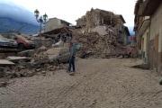 160824130226-italy-earthquake-ap-rubble-super-169