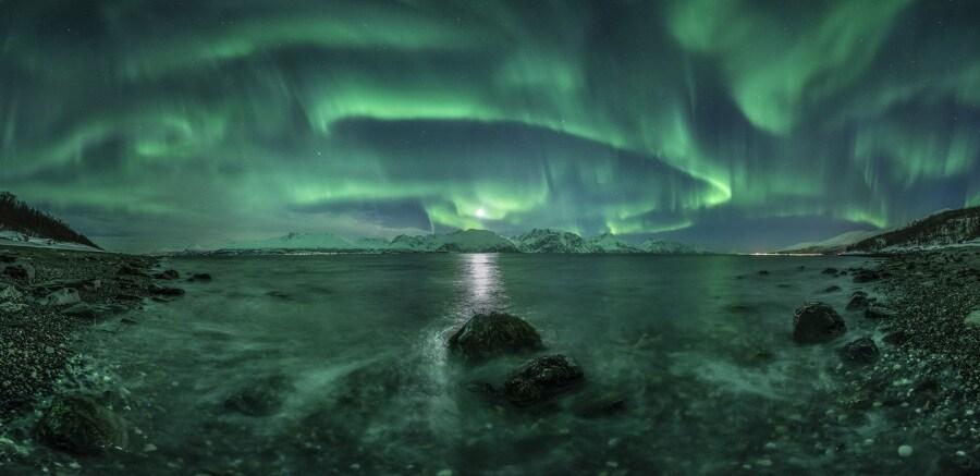 aurora-panorama-3-c2a9-jan-r-olsen