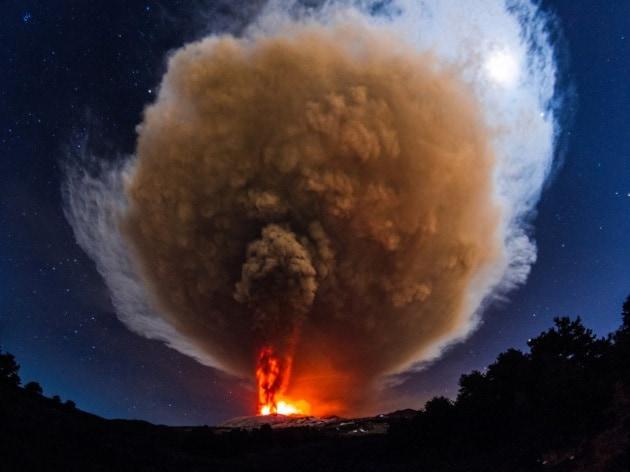 L'Etna torna a dare spettacolo
