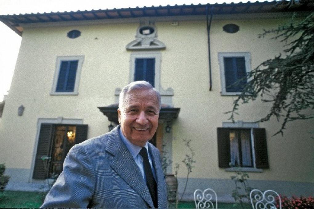 Licio Gelli nel 1992 a Villa Wanda,  la residenza di Arezzo dove è morto nel 2015 all'età di 96 anni.