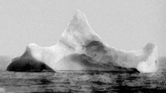 titanic-iceberg-2-red-paint-unitedstatescoastguard