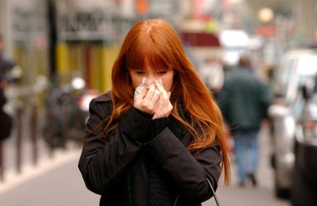 Soffri di allergie? Colpa del Neanderthal che c'è (ancora) in te