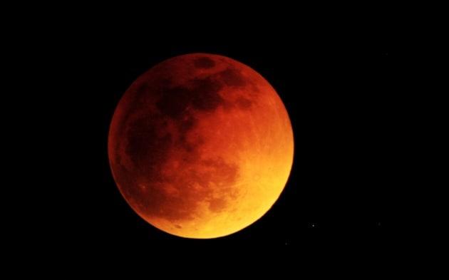 L'eclissi di Luna e il cielo di settembre