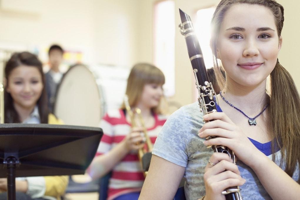 La musica fa bene al cervello degli adolescenti