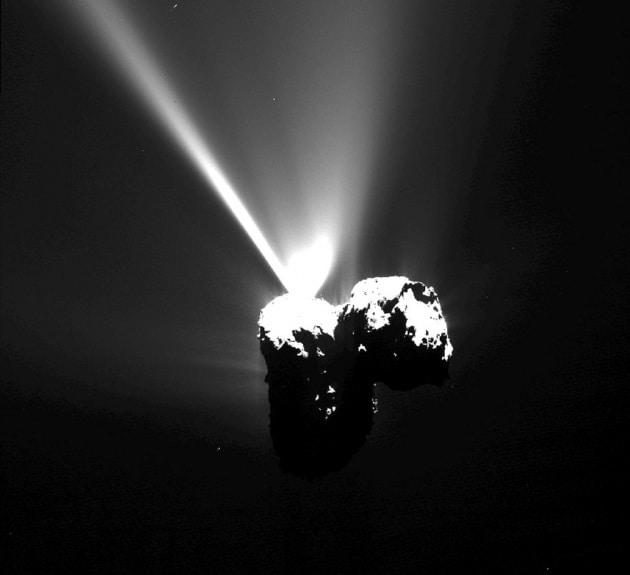 Un anno fa Philae scendeva sulla cometa