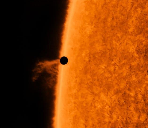 Le foto (e i video) del transito di Mercurio davanti al Sole