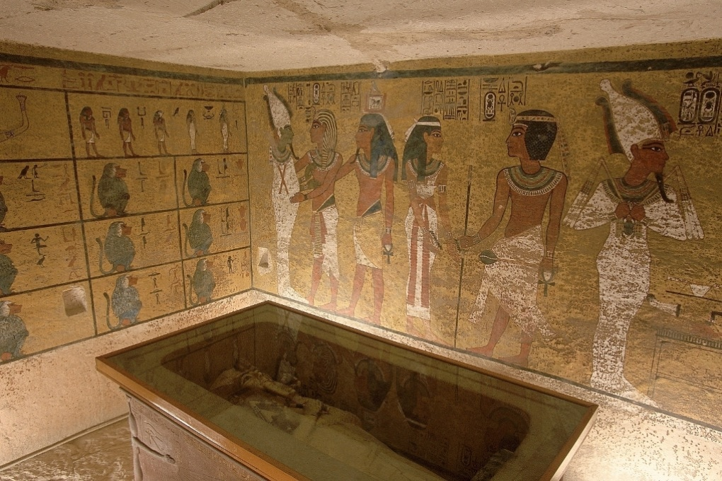 Una camera nascosta nella tomba di Tutankhamon?