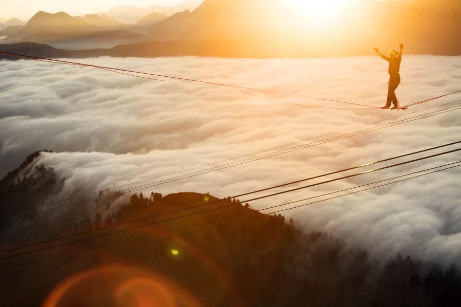 Sport estremi: in equilibrio sopra le nuvole