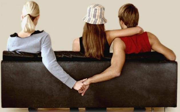 10 cose che (forse) non sai su monogamia e tradimenti