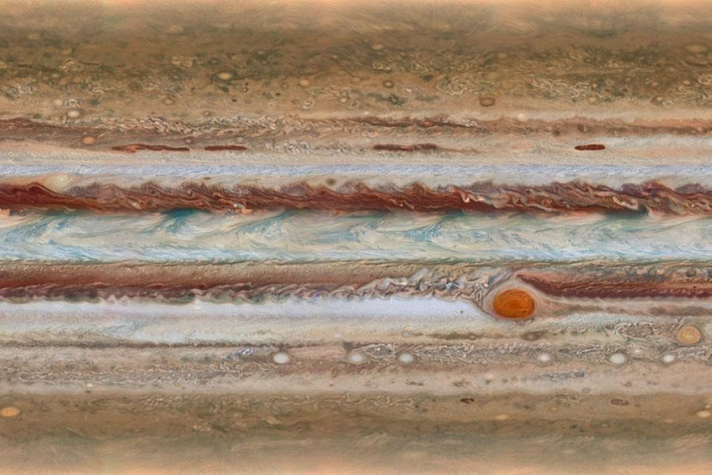 Hubble: su Giove la Macchia Rossa sta cambiando