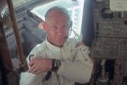 Apollo 11: Buzz Aldrin nell'Eagle, il modulo lunare