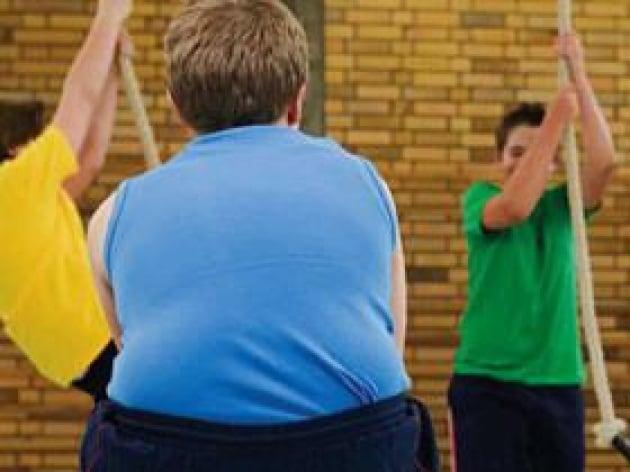 Sanità: chili di troppo pesano 9 mld l'anno su Ssn e società