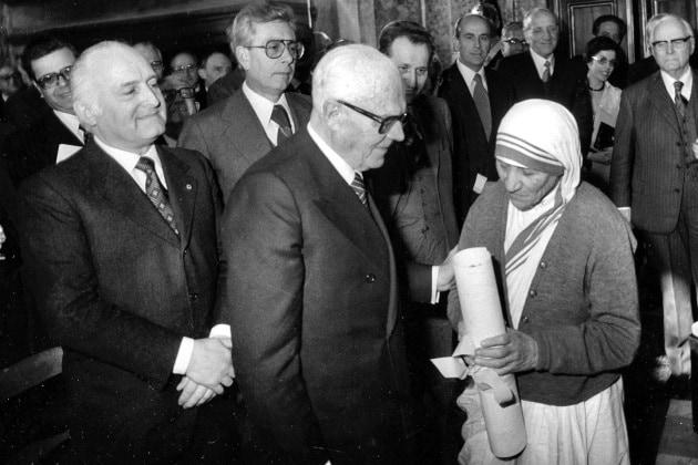 Madre Teresa di Calcutta, storia di una santa moderna