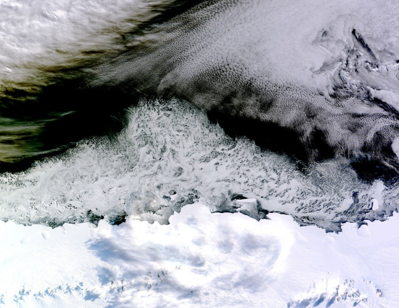 antarctica_tmo_2015095_lrg