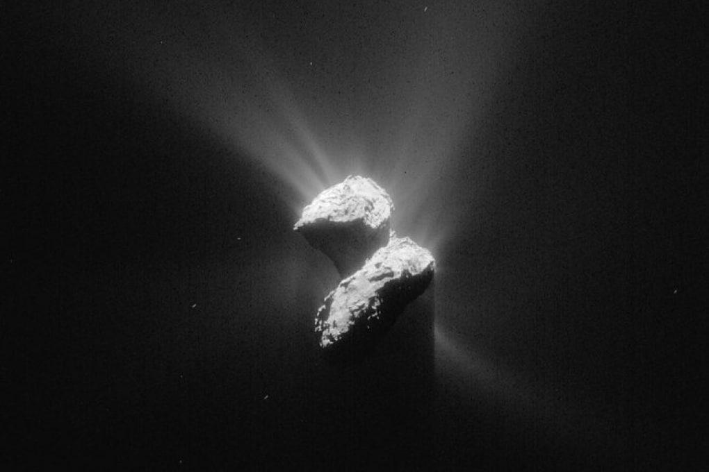 Philae: Rosetta scende di quota per consolidare le comunicazioni