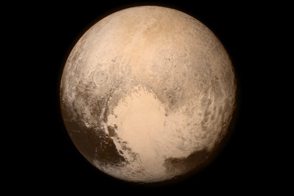 Plutone, lo storico Flyby e le nuove foto di New Horizons