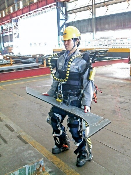 daewoo-exoskeleton