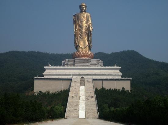 Dalla cina all 39 italia le statue pi alte del mondo for Statua piu alta del mondo