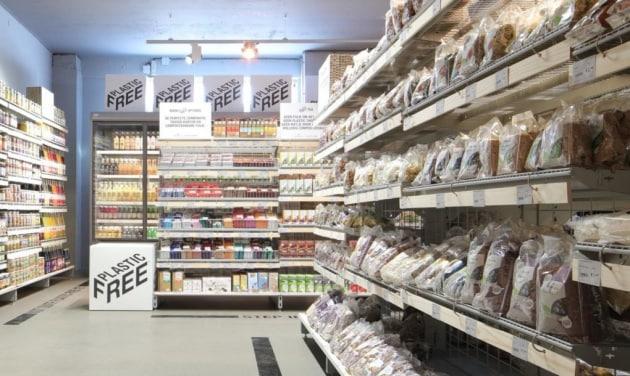 Risultati immagini per plastica supermercato