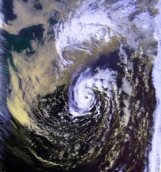 unnamed_hurricane_01_nov_1991_1906z