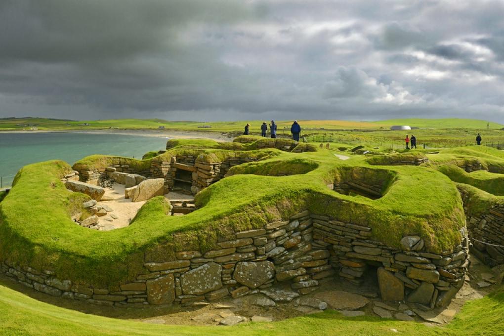 Misteriose sepolture di massa sulle isole scozzesi: erano vittime di tsunami?
