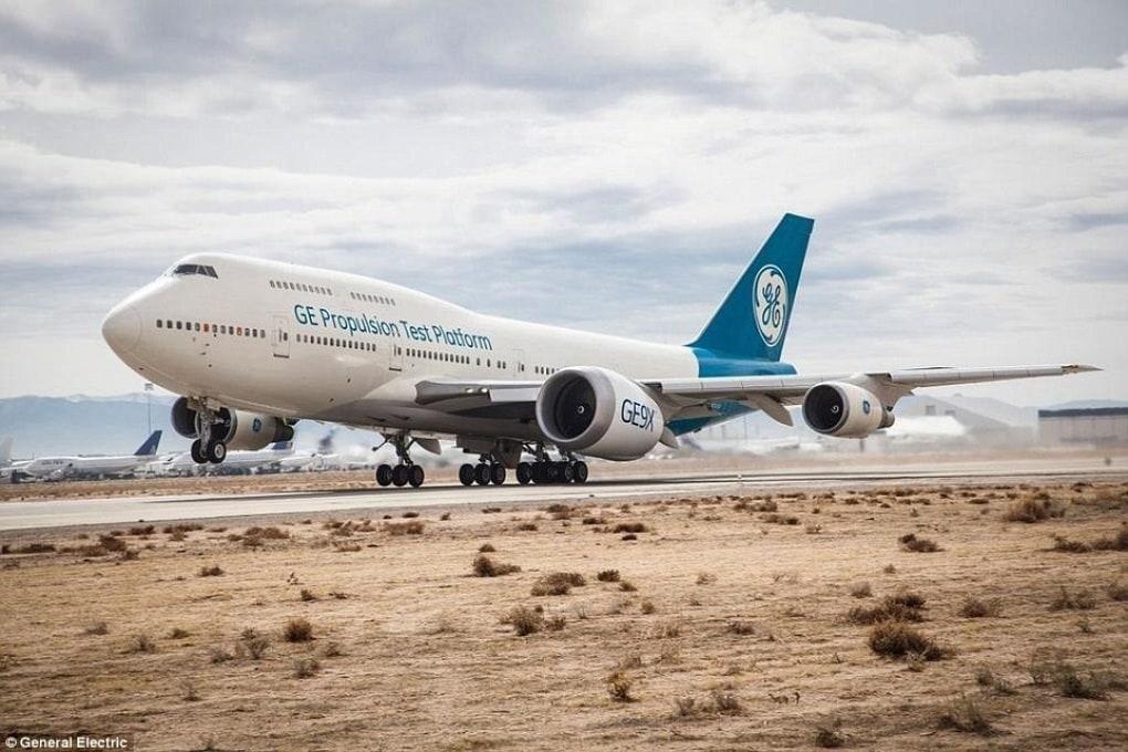 Ha preso il volo il più grande motore per aerei