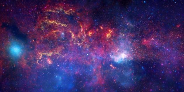Il centro della Via Lattea potrebbe essere affollato di buchi neri