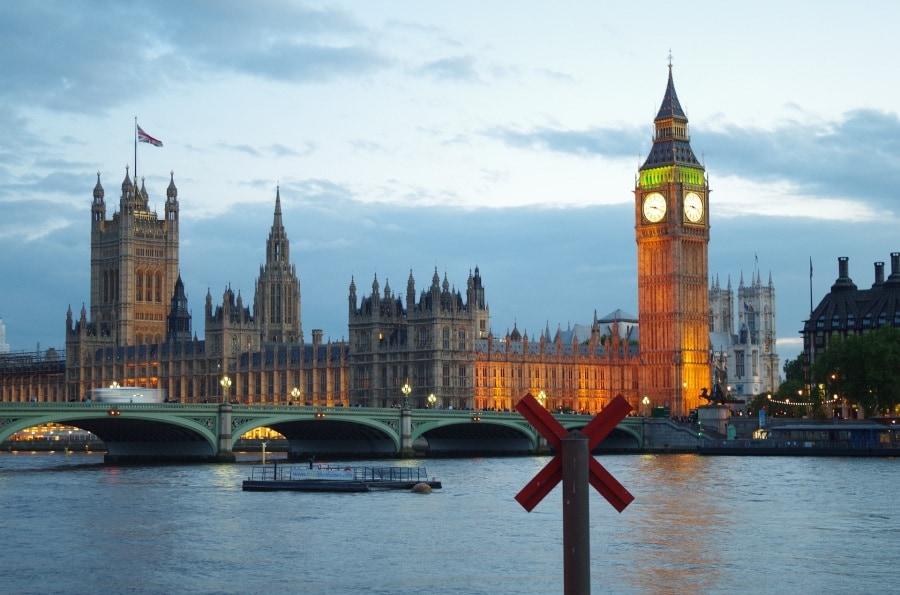 london-by-night-735085_1920