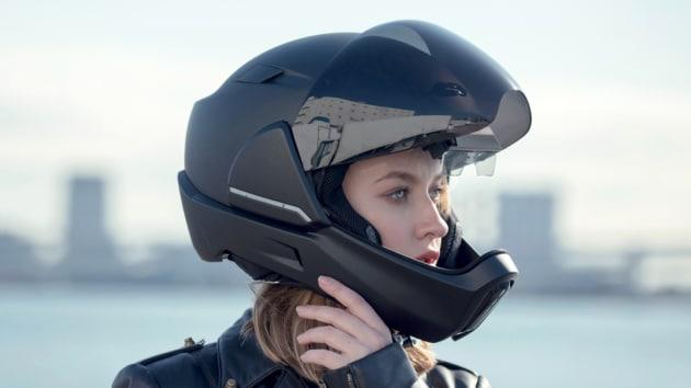 CrossHelmet: il casco smart, sicuro e connesso