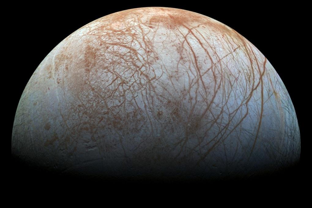 I geyser di Europa, la luna di Giove