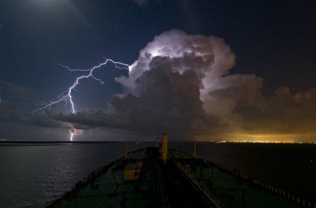 I fulmini in mare sono due volte più potenti