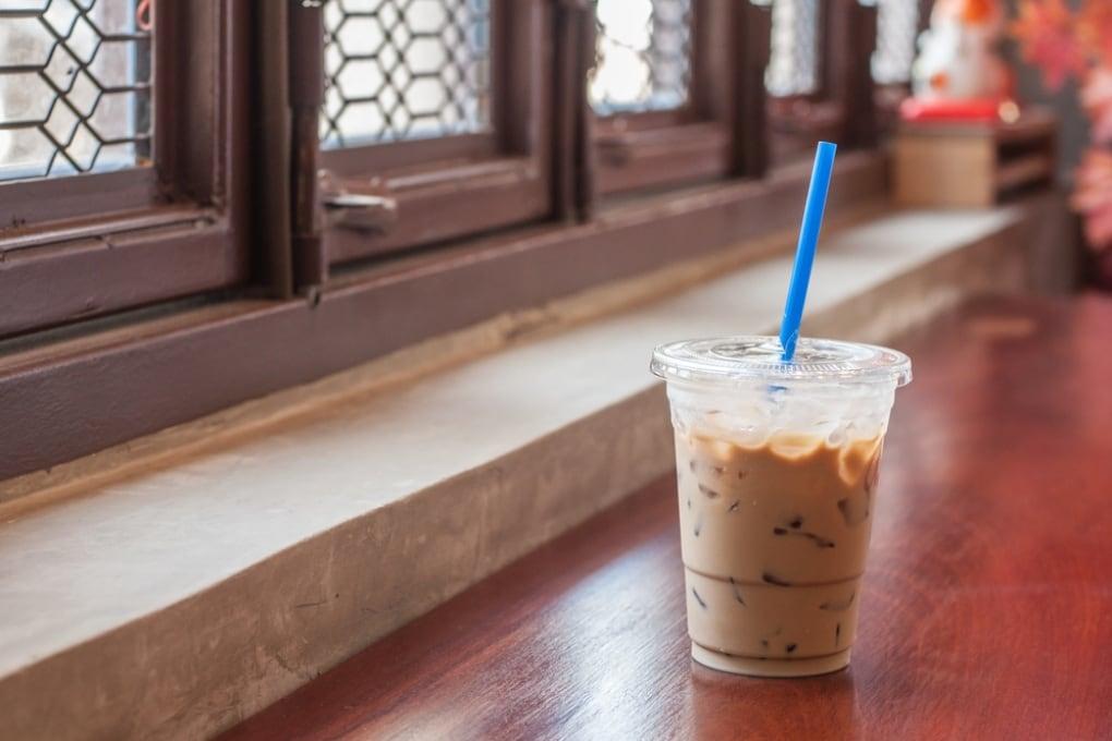 In Inghilterra: batteri fecali nei caffè ghiacciati delle grandi catene