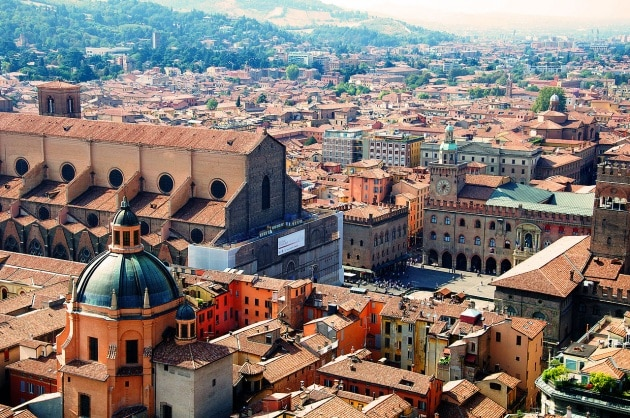 1280px-bologna_seen_from_asinelli_tower