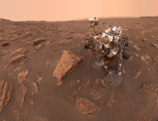 Marte: Curiosity e le foto nel pieno della tempesta di sabbia