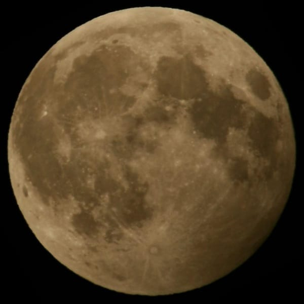 penumbral_lunar_eclipse_2006_march_14_warrenton_va